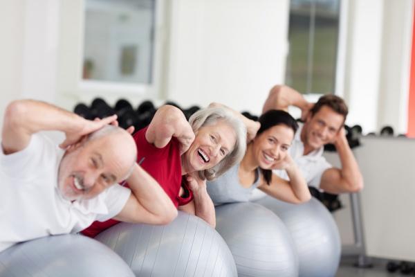 8 упражнений, которые помогут вам быть счастливее
