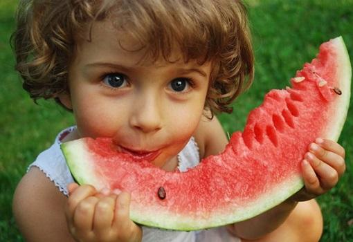 Польза и вред арбуза для детей