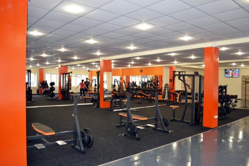 Молодые спортсмены получили отличный фитнес зал