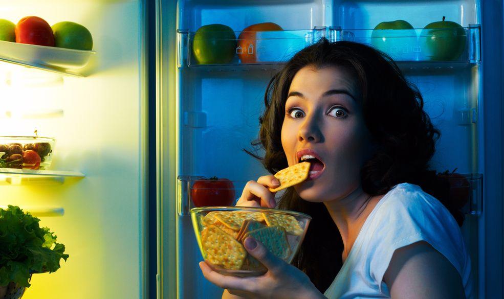 Чем угрожает ночные перехваты еды