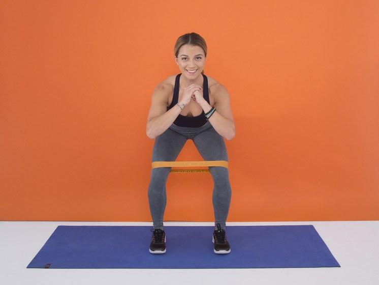 Упражнения с фитнес-лентой