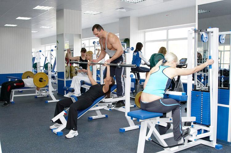Для занятий спортом нужны не только тренажеры